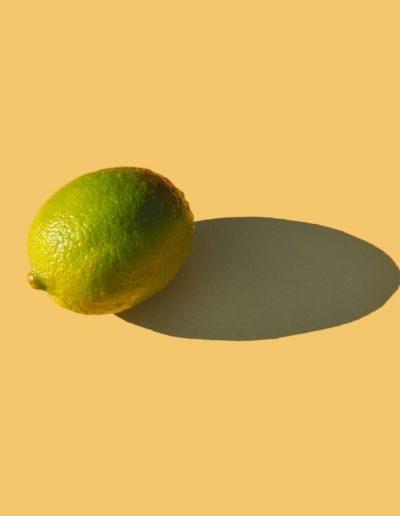 Лайм на желтом